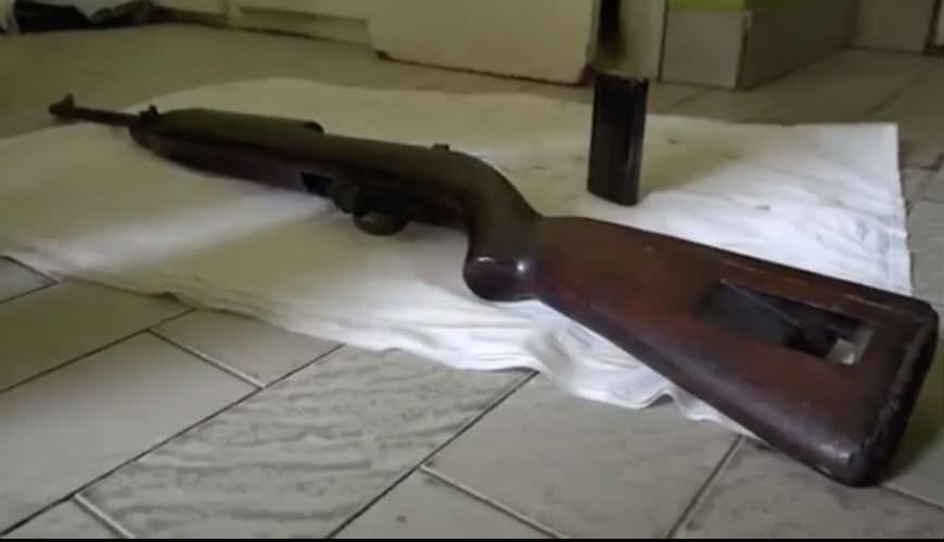 Breaking: une arme et des munitions découvert chez Bertrand Zibi