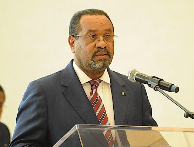 Gabon sous l'imposteur - Impayées à la SEEG : la version des faits de Guy Bertrand Mapangou