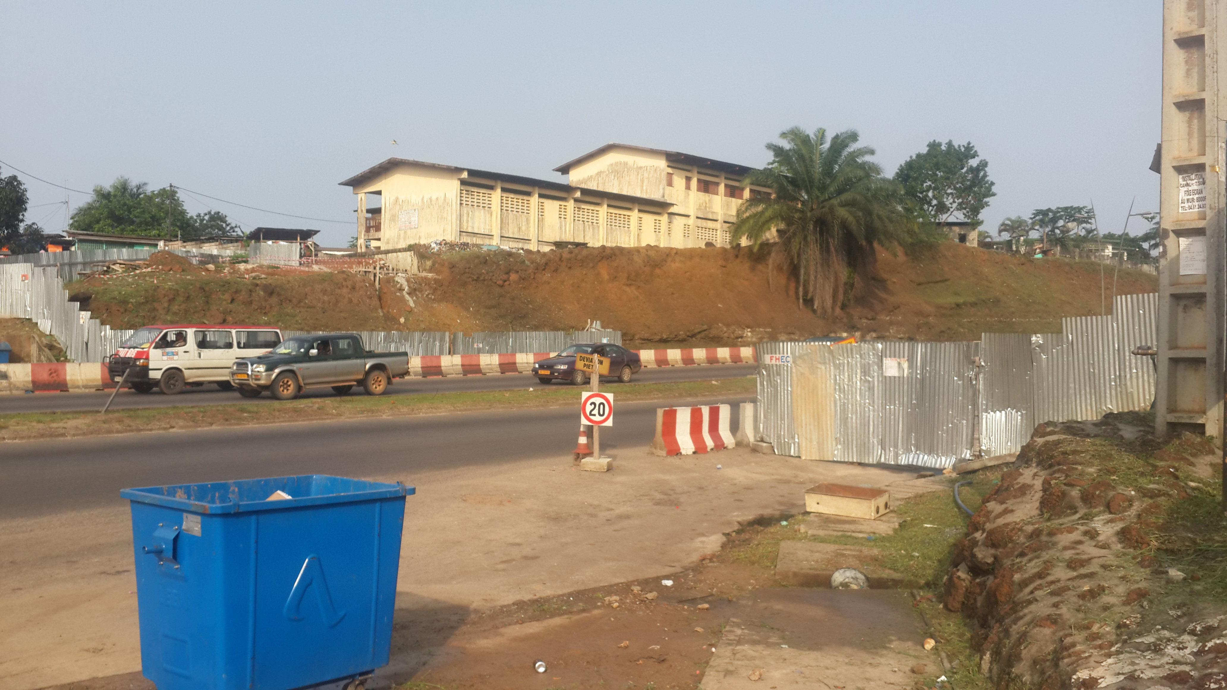Voie expresse  de Libreville: Les travaux de construction de la passerelle de Plein-ciel au point mort