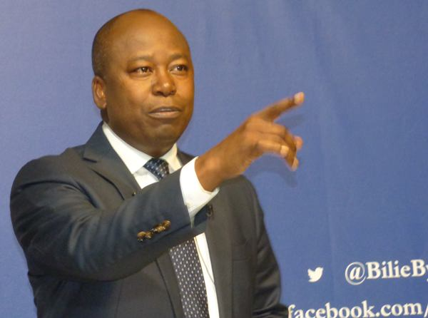 Libreville rejette en bloc la résolution du parlement européen