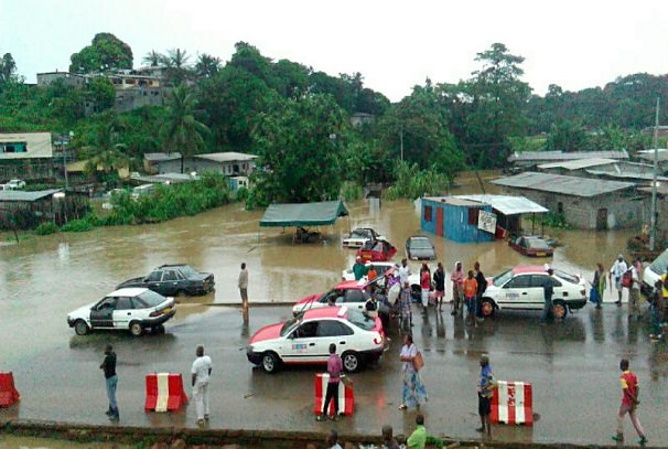 Gabon : Libreville a les pieds dans l'eau, une buse à l'origine