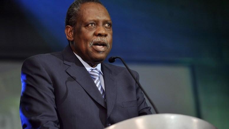 Cameroun : Issa Hayatou ne chôme pas
