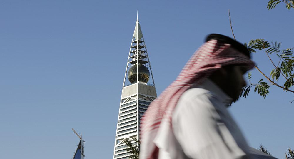 Le prince saoudien Saoud ben Abdelaziz Al Saoud arrêté pour «abus de pouvoir» (Vidéo)