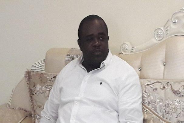 Gabon : Minlama Mintogo invite à une union sacrée derrière Ali Bongo contre Robert Bourgi