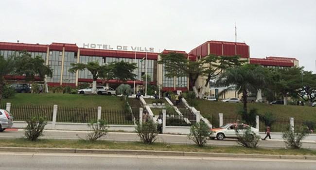 Mairie de Libreville:  Pourquoi Ossouka a du mal à trouver un remplaçant à Joseph Moundziégou ?