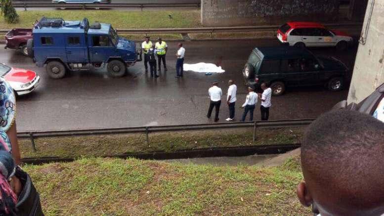 Gabon : «la femme a été fauchée par un taxi sur le boulevard triomphale»