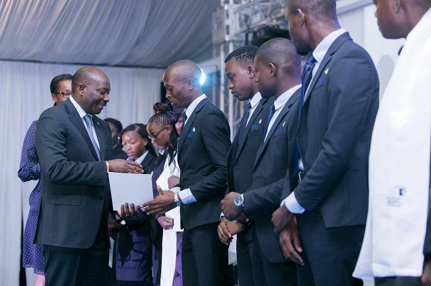 """Résultat de recherche d'images pour """"Bourse de l'excellence"""" de la Fondation BGFIBank congo"""""""