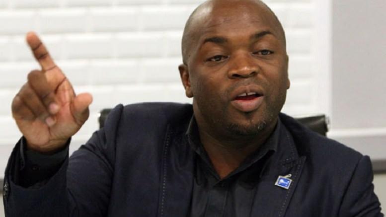 Pretoria : Un maire menacé d'une arme victime d'un «carjacking»