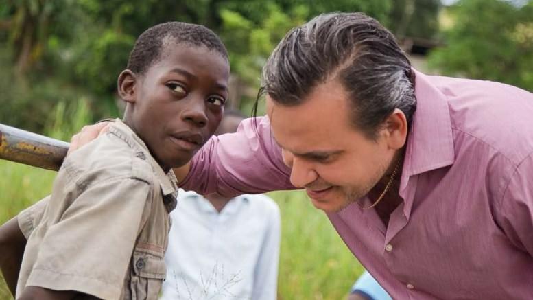 Gabon : Laccruche Alihanga lève le mystère