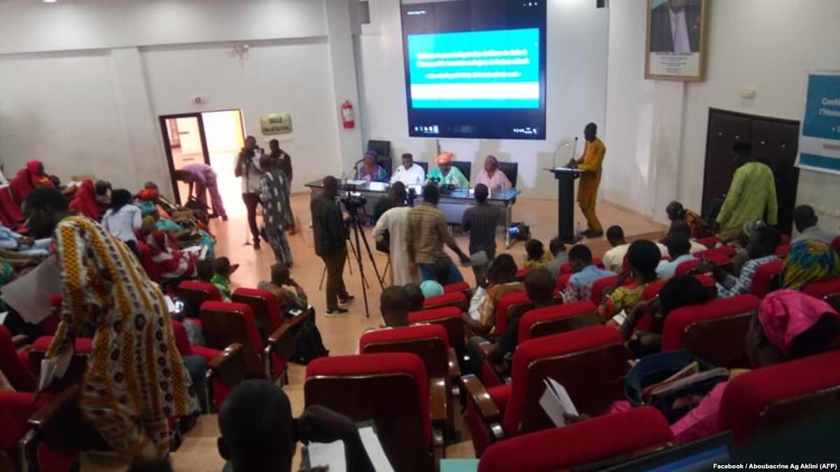 47 associations de défense dénoncent le projet de loi d'entente nationale au Mali