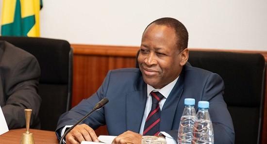 Ambassadeur: Le Sénégal et sept autres pays de l'Afrique de l'Ouest pourraient remplacer le franc CFA par une nouvelle monnaie
