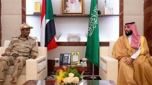Le prince héritier saoudien Mohammed ben Salmane s'est entretenu à Djeddah avec le général Mohammed Hamdan Dagalo, vice-président du Conseil militaire transitoire du Soudan. ©Agence de presse saoudienne
