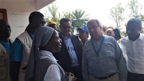 RDC : à Mangina, premier foyer d'Ebola, Antonio Guterres interpelle : « Ne cachez pas les symptômes. Venez ! »