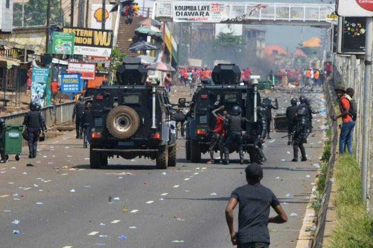 REPRESSION DE MANIF EN GUINEE:Petit à petit, Condé dresse le bûcher contre son pays