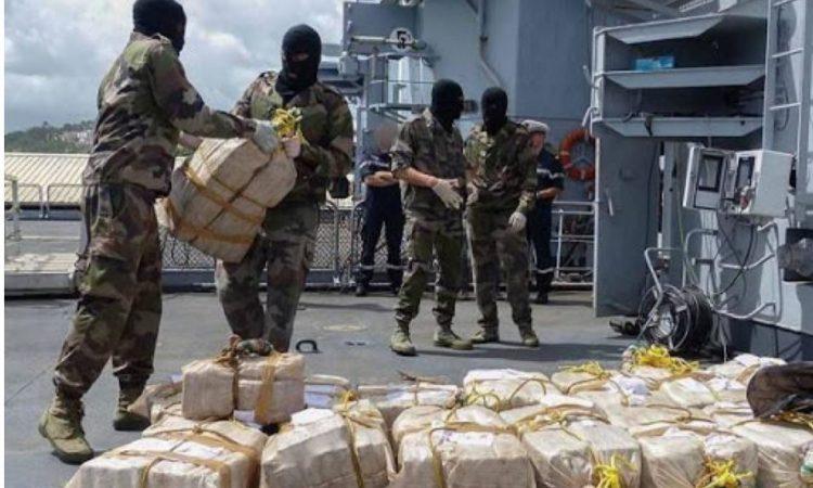 Trafic :  Près d'une tonne de cocaïne saisie au large des îles Canaries