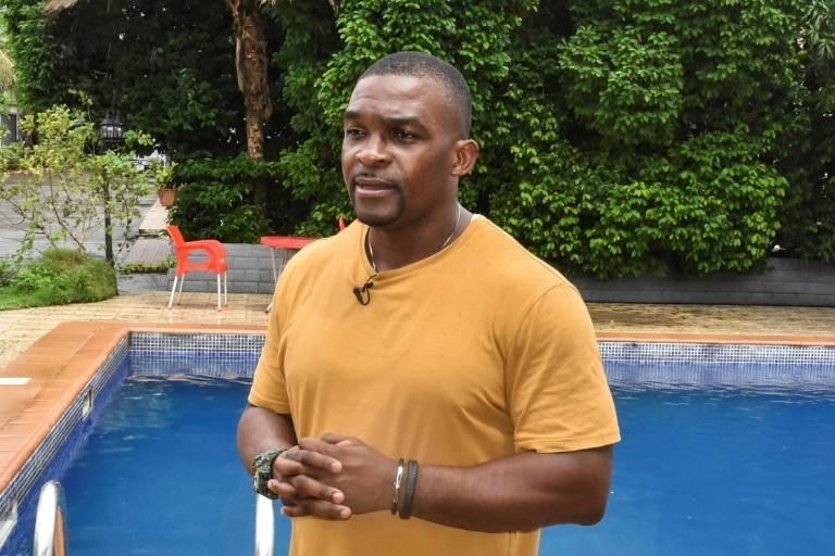 Sport  : natation, 20 ans après les JO de Sydney, Eric Moussambani, l'athlète( poisson-pilote)  venu de la  Guinée équatoriale