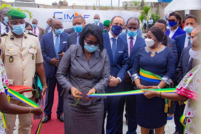 Le premier ministre Ossouka Raponda inaugure la deuxième usine de production de ciment du groupe Cimaf au Gabon, emblème de la politique de relance économique