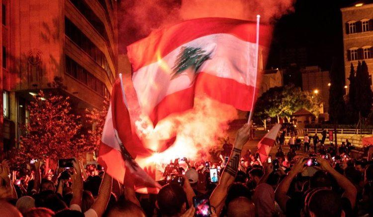 Liban : Les images du nouvel incendie dans le port de Beyrouth