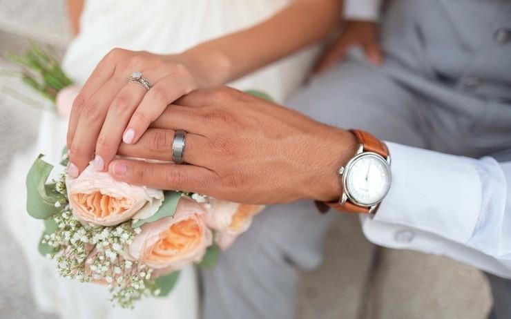 TUNISIE : Condamné à six mois de prison pour s'être marié après avoir été testé positif au Covid-19