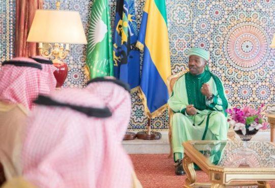 Gabon : En pleine offensive diplomatique, le président Ali Bongo reçoit le prince saoudien Faisal bin Farhan bin Abdullah Al Saoud