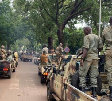 Plus de 20 personnes, dont 12 civils, tuées auMali