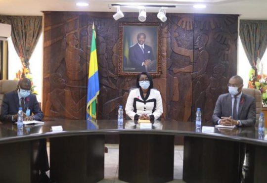 Réouverture des lieux de culte au Gabon : Rose Christiane Ossouka Raponda conciliante mais ferme