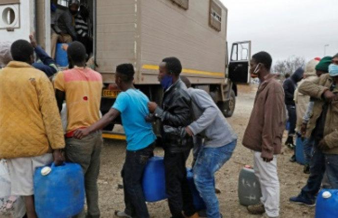 Zimbabwe: ruée vers l'Afriquedu Sud, à la réouverture des frontières