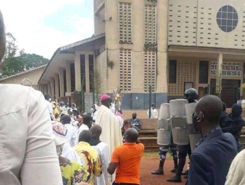 Gabon | Catholique | Réouverture des lieux de culte: retour en image sur la Journée du 25 octobre.