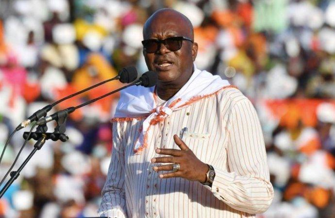 Burkina Faso: réélu au 1er tour le président Kaboré tend la main à l'opposition