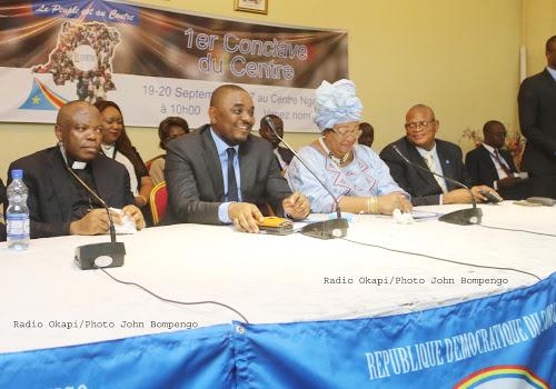 Crise politique en RDC : le Centre appelle Tshisekedi et Kabila au dialogue