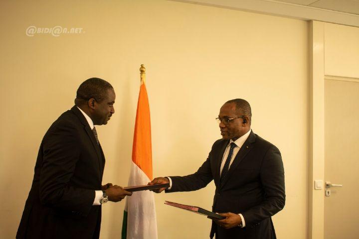 E-Administration : la Poste de Côte d'Ivoire met à disposition du ministère en charge de l'emploi une plateforme