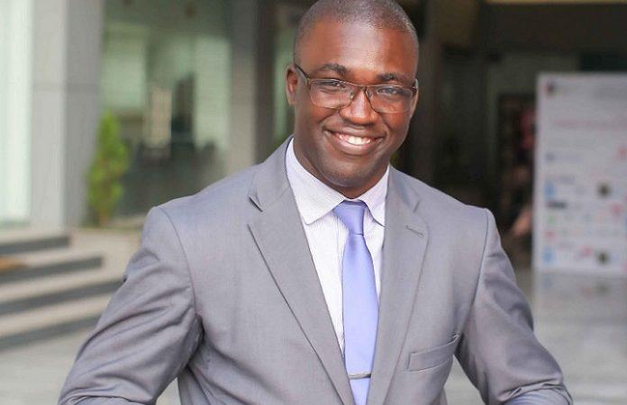 Gabon : Qui est Rodrigue Mboumba Bissawou, le nouveau « monsieur communication » du premier ministre Rose Christiane Ossouka Raponda ?