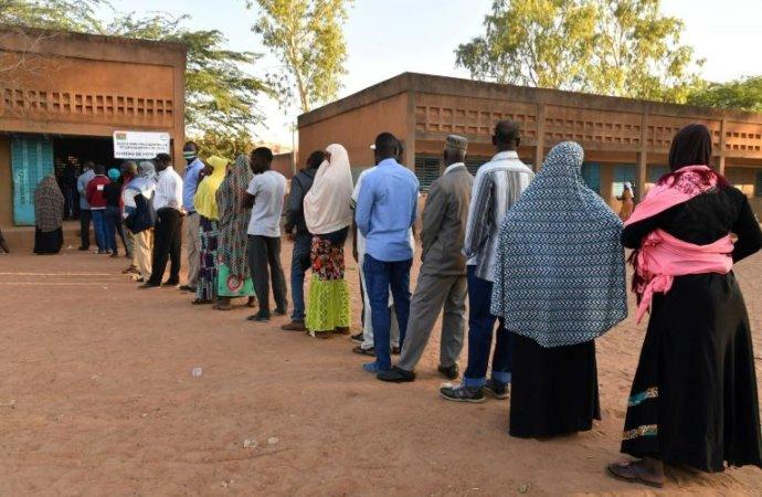 Présidentielle au Burkina: Kaboré en tête des résultats partiels