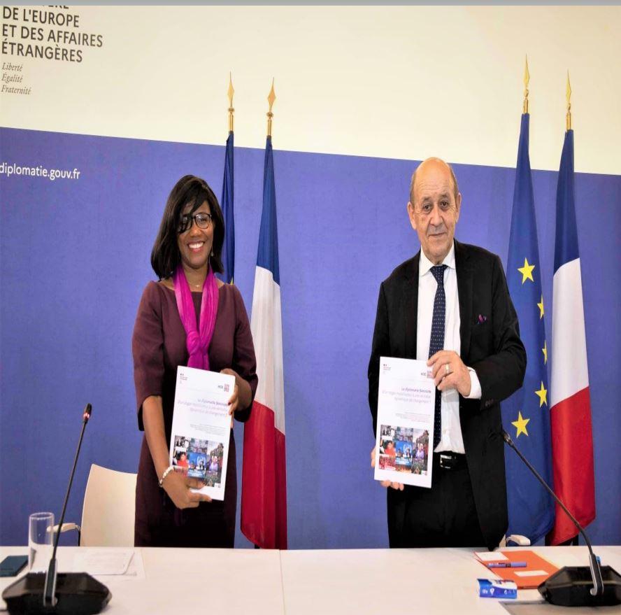France : Diplomatie féministe ou promouvoir la place des femmes sur la scène internationale