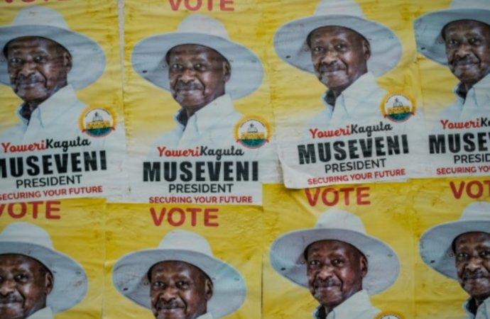 Elections en Ouganda: un duel inégal