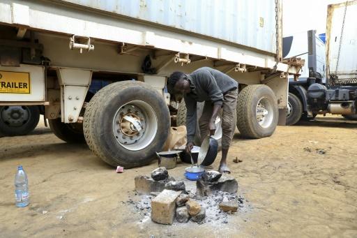 A la frontière camerounaise, les rebelles centrafricains imposent un blocus de Bangui