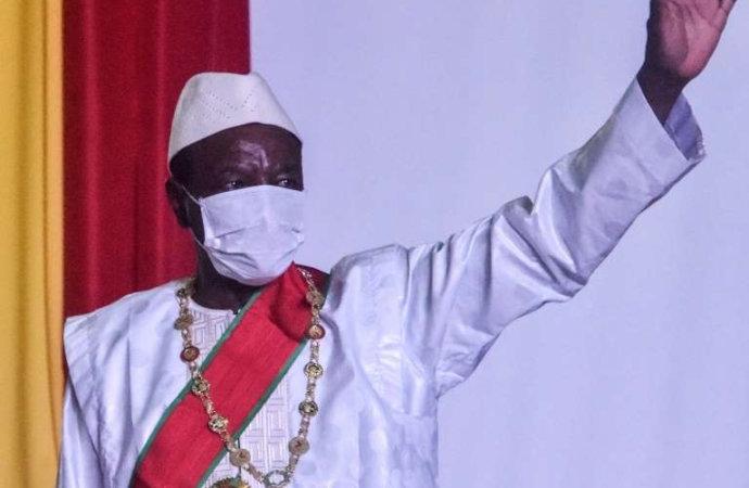 Guinée: le gouvernement présente sa démission au président Condé