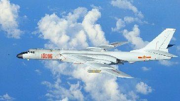 Taïwan dénonce l'intrusion de 12 avions chinois dans son espace aérien