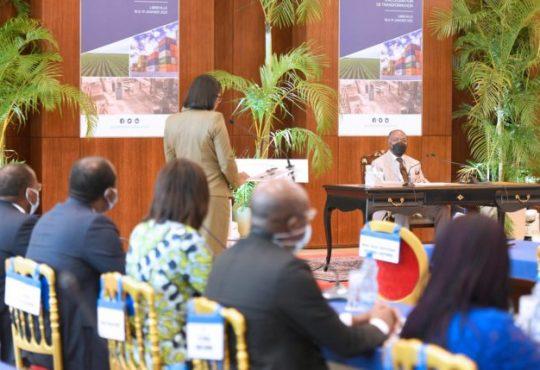 Le Gabon en bonne voie pour bénéficier d'un nouveau programme d'aide de la part du FMI, fait savoir Rose Christiane Ossouka Raponda