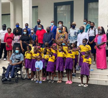Promotion des langues maternelles : Bolloré Transport & Logistics Gabon en partenariat avec l'ONG Omanda